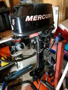 Moteur 5 force mercury