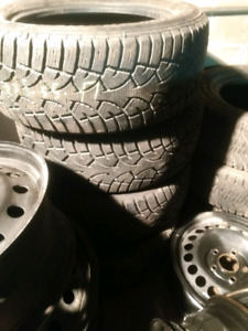 4x 235/55R17 winter General Altimax Arctic tires hiver like new