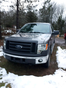 sold pending 2011 Ford F-150 XL 4x4