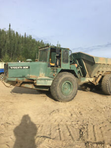 volvo 860/861 rock truck
