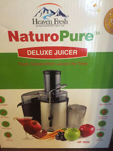 NaturoPure Powerful Deluxe Juicer