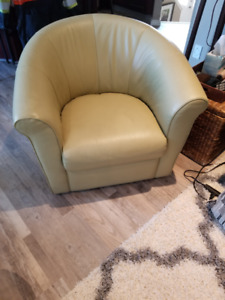 Italsofa Chairs in Great Condition