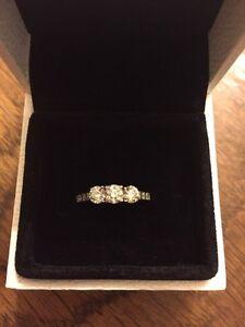 Beautiful 1ct Diamond Engagement Ring!