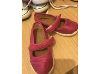 Bundle girls shoes
