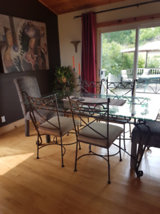 Beautiful dining table and chair set!  See photos
