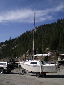 1994 West Wight Potter 19ft. Sailboat for sale