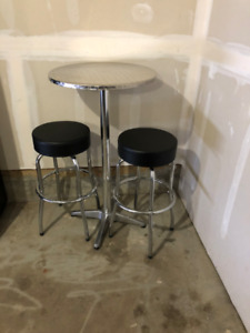 Stainless Steel Metal Bistro Table with Chairs