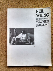 NEIL YOUNG - COMPLETE MUSIC - VOLUME 2 [1969-1973] MUSIC BOOK