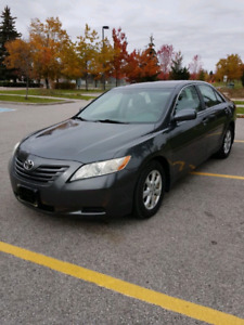 2007 Toyota Camry V6 LE....One Owner!!