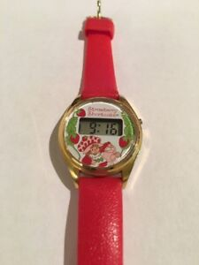 Vintage Girl's Red Leather Strawberry Shortcake Watch