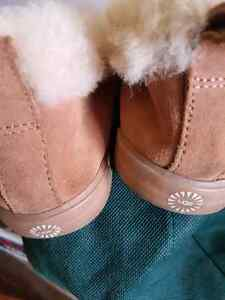 Ladies slipper style boots Uggs