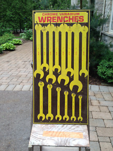 VINTAGE CHROME VANADIUM WRENCHES DISPLAY BOARD SIGN