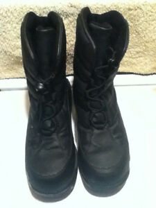 Women's Elements Winter Boots Size 9 London Ontario image 2