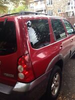 MAZDA TRIBUTE 2006 $ 4200 cad négociable