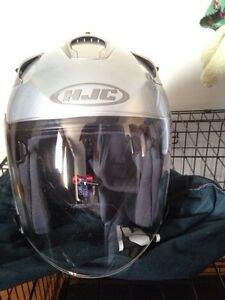 3/4 silver HJC helmet BRAND NEW Kawartha Lakes Peterborough Area image 2
