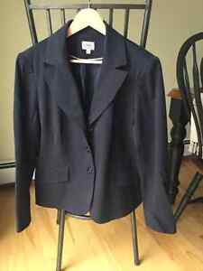 Size 16 petite Cleo pant suit with blazer