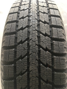 Toyo Observe GS15 Winter Tires (on rims) 185/65/15