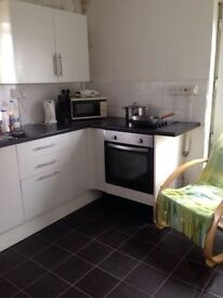 Lovely 3 bedroom house in Townhill area of Swansea, Unfurnished or furnished.