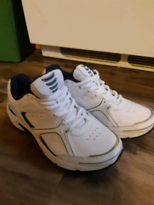Mens sneakers ~ size 8