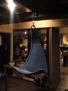 Chaise suspension hanging chair West Island Greater Montréal image 1