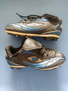 Rawlings youth cleats size 1
