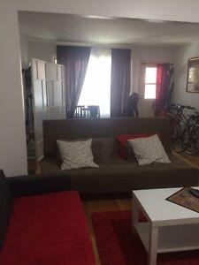 4 1/2 appartment- 760$-proche centre ville-Metro Frontenac