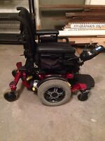 QUANTUM 6000 ELECTRIC WHEELCHAIR ONLY $550 OBO
