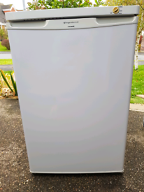 Lincoln Fridgaire freezer good clean ready to deliver Lincoln areas