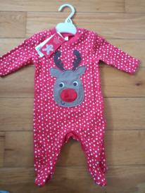 Baby Rudolf onesie new with tags up to 1 mth