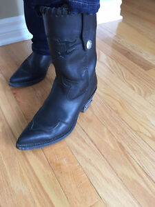 Female Harley Davidson Boots size 7.5