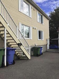 logement a louer Saguenay Saguenay-Lac-Saint-Jean image 1