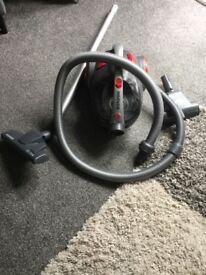 Hoover tub vacuum