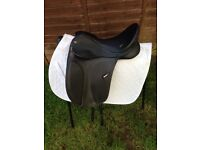 "16"" wintec dressage saddle"