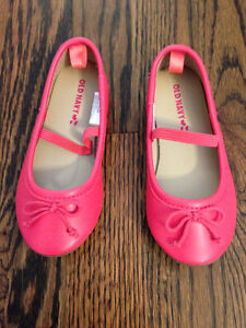Toddler Girl's Shoes - size 8 - new!