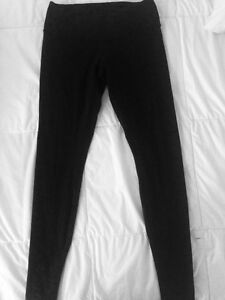Low-mid rise Black Lululemon leggings
