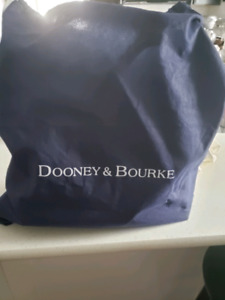 Like new Dooney and Bourke leather satchel
