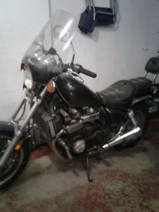 1985 Yamaha xj750 x