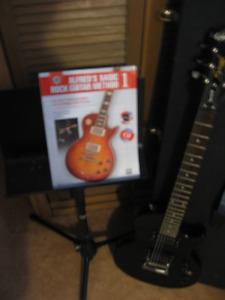 Epiphone Special 11 and case plus