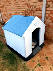 Dog House -large