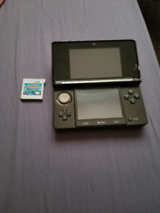 3DS Original Cosmo Black 3DS with 1 game