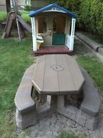 Kids outdoor playhouse and picnic table combo