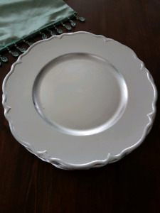 18 Silver, Scalloped Edge Charger Plates