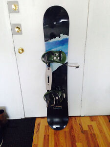 147 cm Burton Fluid Snowboard and Bindings