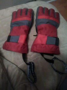 Firefly aquamax red winter gloves