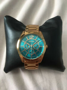 BRAND NEW Turquoise Fossil Watch