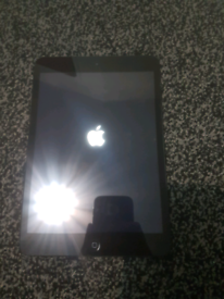 IPad Mini 2 16Gb Used like New Mint condition open to offers