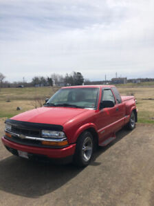 Nice Chevrolet S-10 for sale