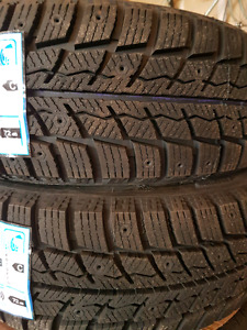 Set of 4 new winter tires