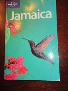 Lonely Planet - Jamaica   A must for your trip Book like new