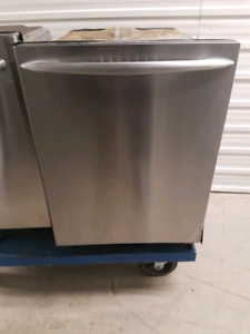 Lave vaisselle stainless maytag 220$ LIVRAISON POSSIBLE